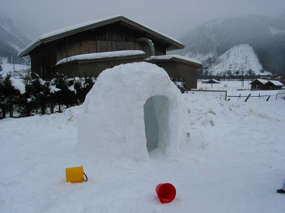 Iglu in Uttendorf - links